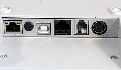 Порты АТОЛ 55Ф чуть ближе: LAN, заглушка для антенны GSM, USB-B, COM, RJ-11, порт питания